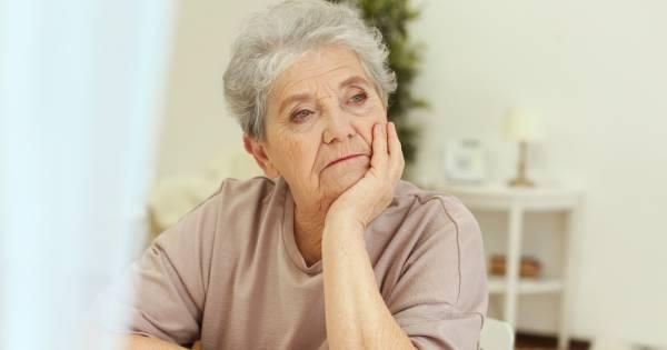 La depresión en la tercera edad: causas y tratamiento