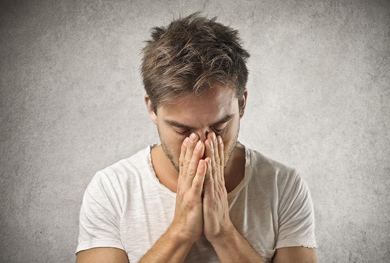 ¿Tu ser querido sufre depresión? Lee estas 5 claves